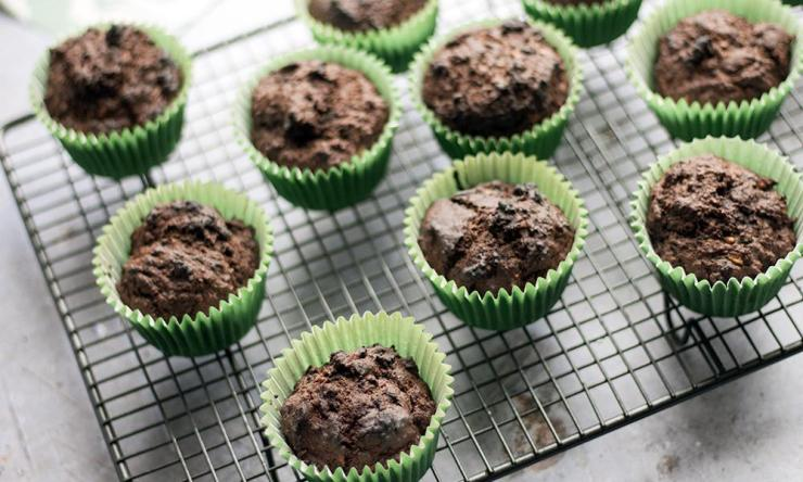 chocolate muffins with kale.