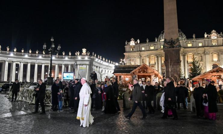 Pope Francis visits the Nativity scene at Saint Peter's Square