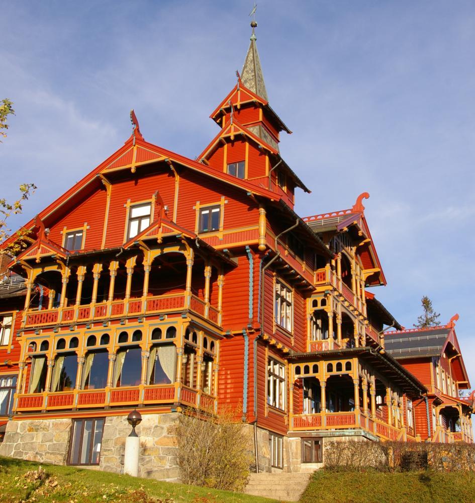 Holmenkollen Park Hotel, Norway