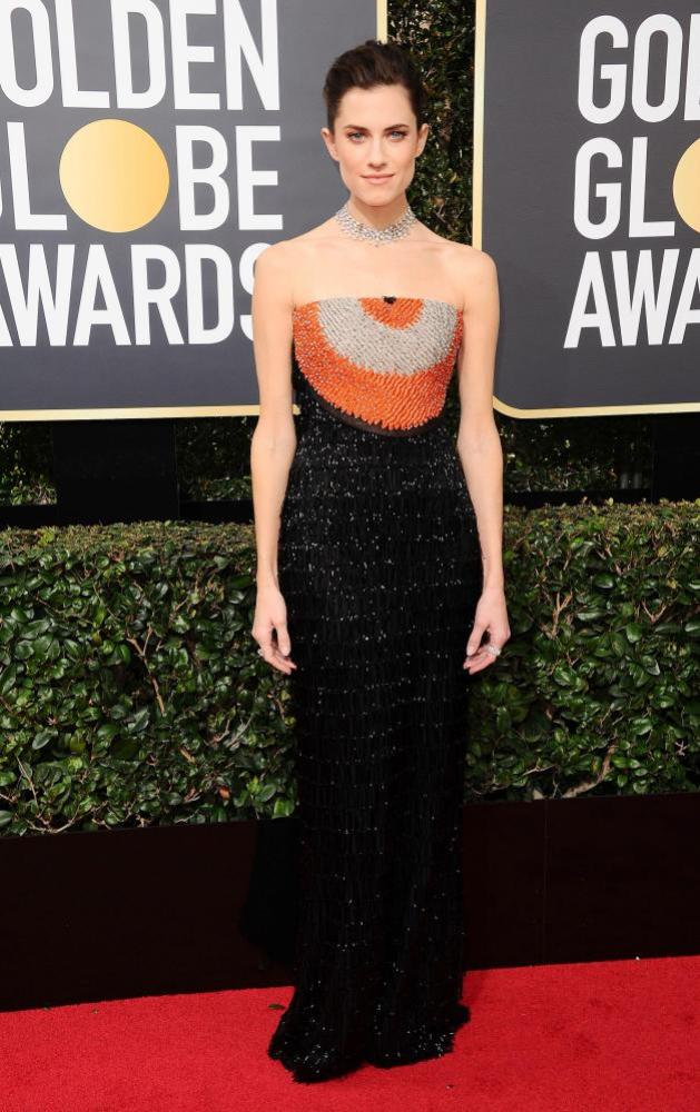 Allison Williams arrives at the Golden Globes