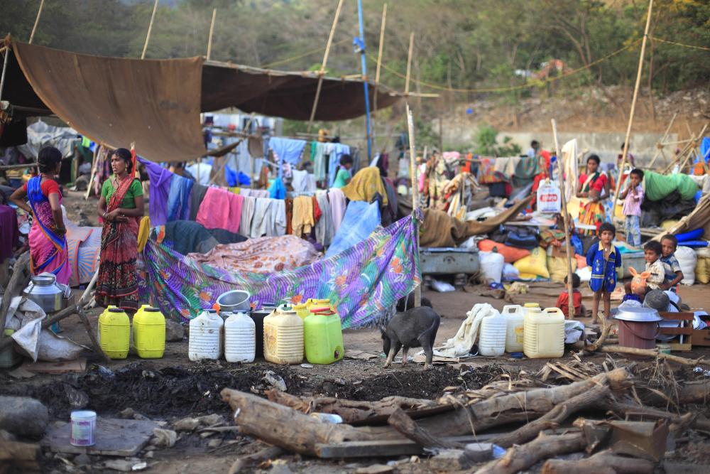 The drought refugee camp at Barve nagar in Mumbai, during the worst drought in Maharashtra in decades