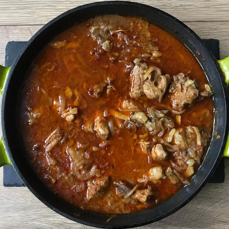 Cyrus Todiwala's vindaloo uses Kashmiri chilli powder – for colour, rather than heat.