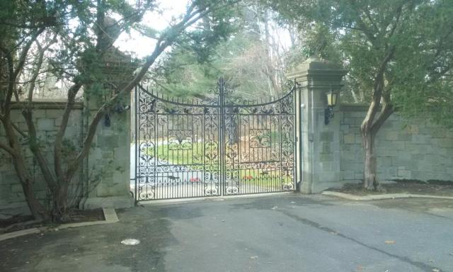 The gates at Killenworth remained firmly closed on Friday.