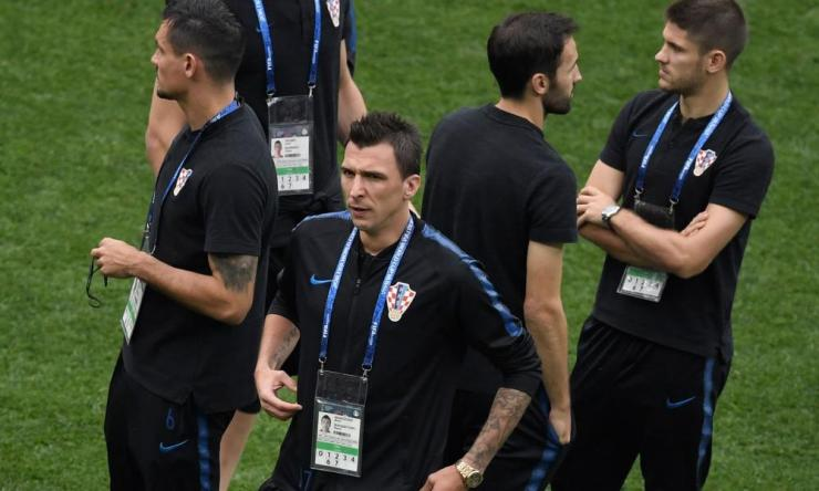 Mario Mandzukic and his Croatia team-mates have a wander on the pitch.