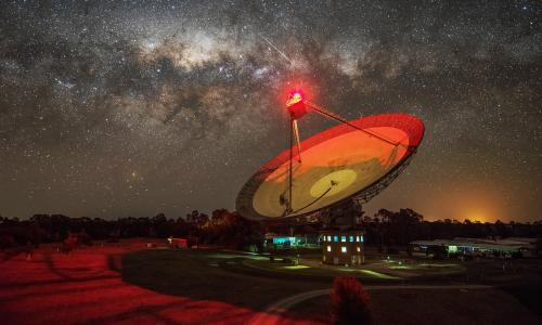 Scientists looking for aliens investigate radio beam 'from nearby star'