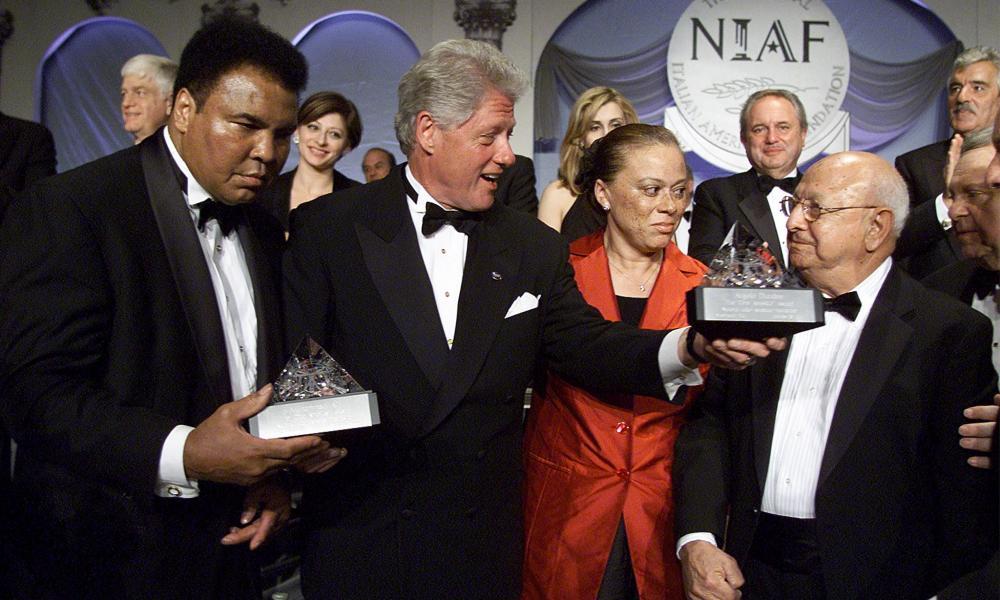 US President Bill Clinton and Muhammed Ali