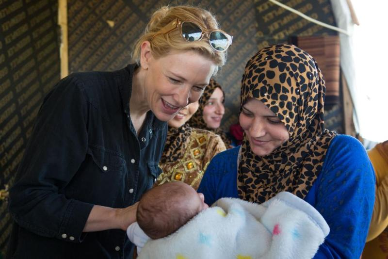 Cate Blanchett (left) at a humanitarian operation for people displaced by the conflict in Syria