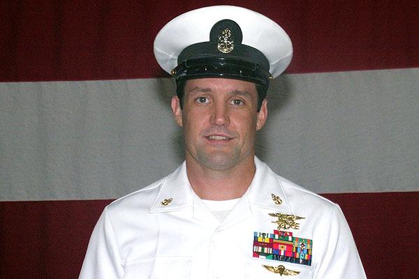 Navy Identifies SEAL Killed While Parachuting In Arizona