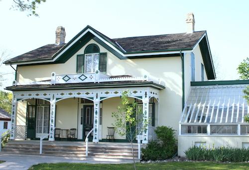 نخستین خانهٔ بل در آمریکای شمالی در شهر برنتفورد استان انتاریو
