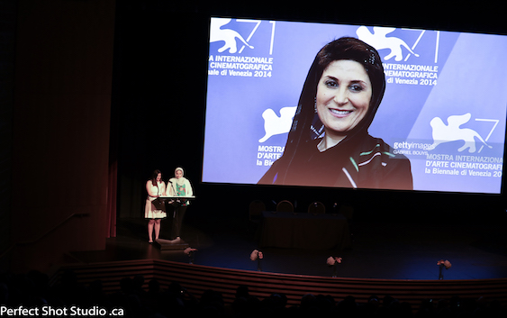 مروری بر مراسم بزرگداشت فاطمه معتمد آریا در ونکوور و کارگاه بازیگری زیر نظر ایشان