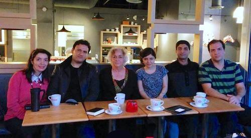 جلسهٔ «کافه راوی» با حضور شهرنوش پارسیپور