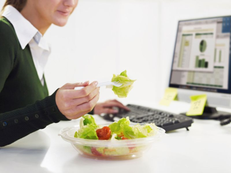 News Picture: Healthy Work Lunches Are Hard to Come By