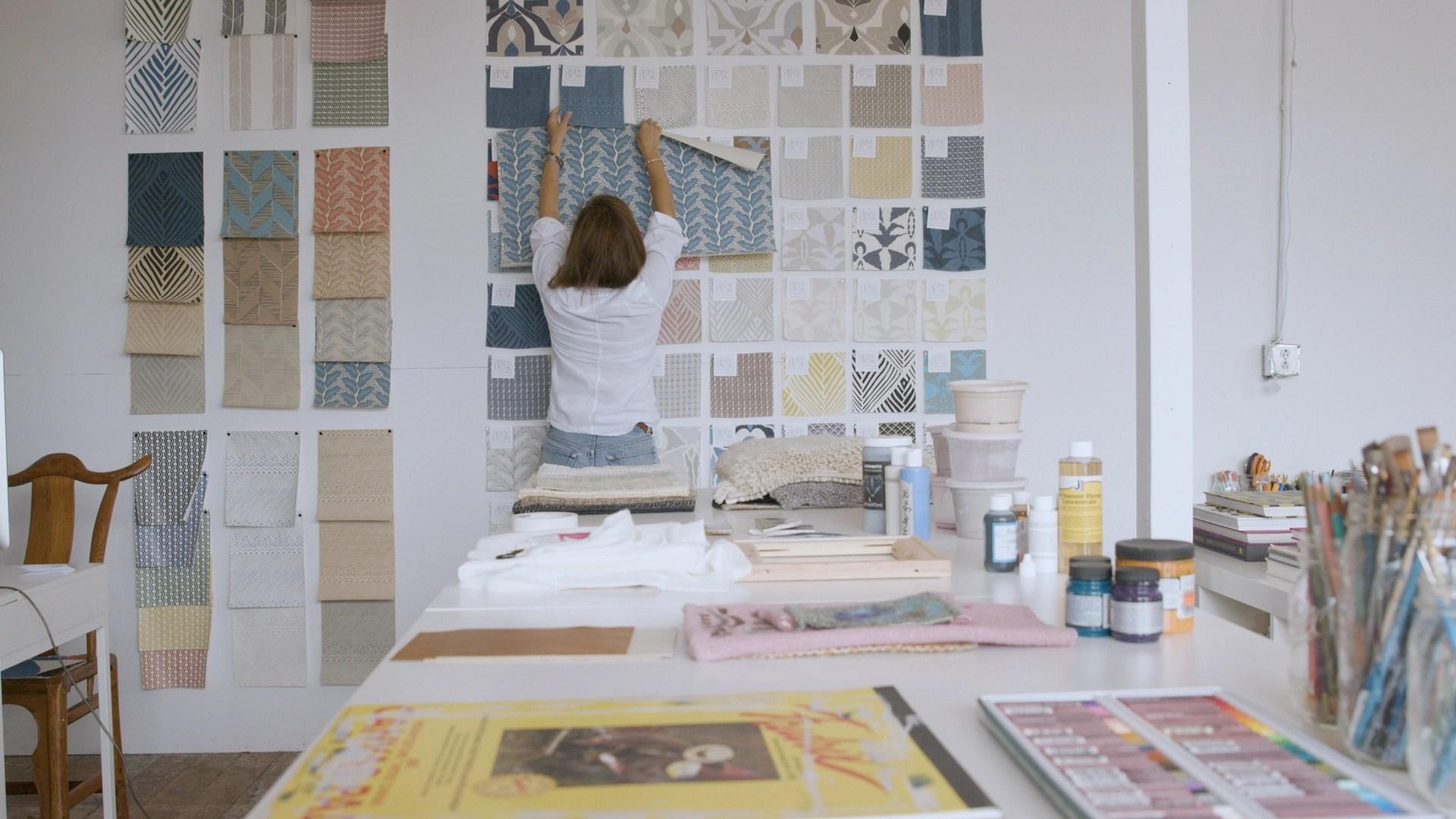 https www housebeautiful com design inspiration a34629535 mirth studios charleston beautiful things