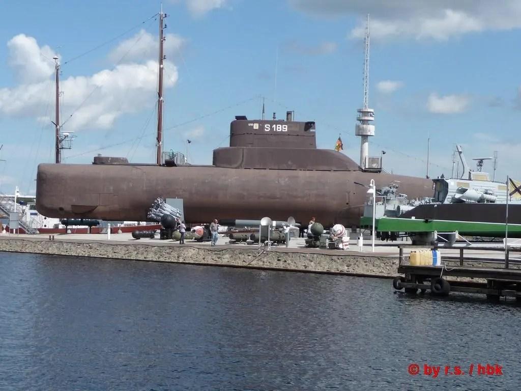 """bild """"u-boot vorm museum"""" zu deutsches marinemuseum in"""