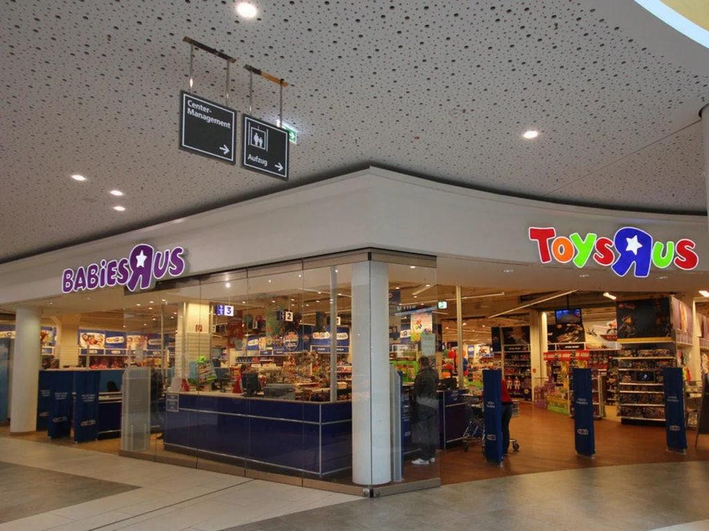 """Bild """"Toys""""R""""Us"""" zu A2 Center Altwarmbüchen in Hannover"""
