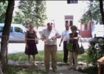 primarul Gheorghe Ciuhandu taie panglica