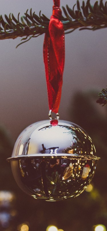 erin-walker-unsplash-christmas-silver-bell-iphone-wallpaper