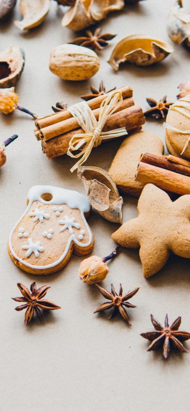 miroslava-unsplash-cookies-spices-iphone-wallpaper