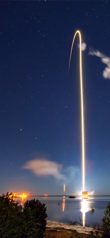 SpaceX iPhone Wallpaper iDownloadBlog Starlink Mission 6
