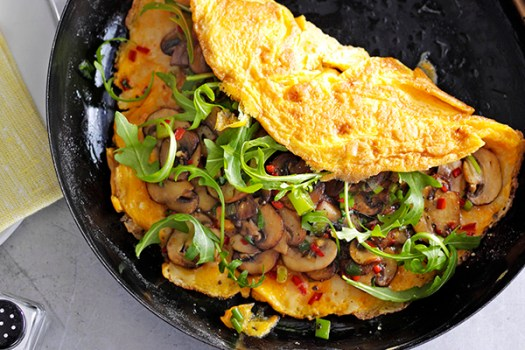 Chilli, Cheese and Garlic Mushroom Omelette Recipe