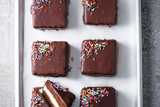 Chocolate Snack Cake Recipe with Peanut Butter