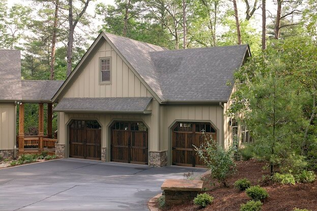 Detached Vs Attached Garages Which Is Right For You