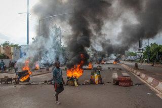 Le proteste antigovernative a Bamako, Mali, 10 luglio 2020. - Baba Ahmed, Ap/LaPresse
