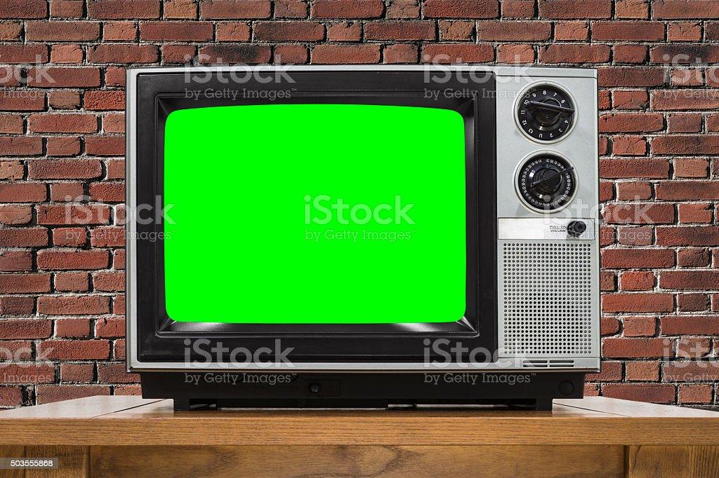 https www istockphoto com fr photo t c3 a9l c3 a9vision analogique avec mur de briques et c3 a9cran vert incrustation en chrominance gm503555868 82596059