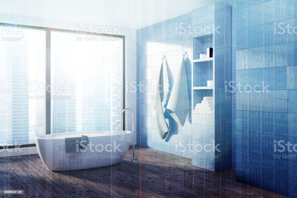 photo libre de droit de baignoire de salle de bain bleu blanc tonifie banque d images et plus d images libres de droit de appartement istock