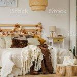 Boho Stil Schlafzimmer Innenraum Stockfoto Und Mehr Bilder Von Baumstumpf Istock