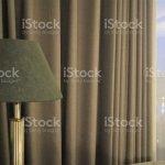 Moderne Grau Ton Schlafzimmer Design Mit Modernen Lampe Und Vorhang Stockfoto Und Mehr Bilder Von Behaglich Istock