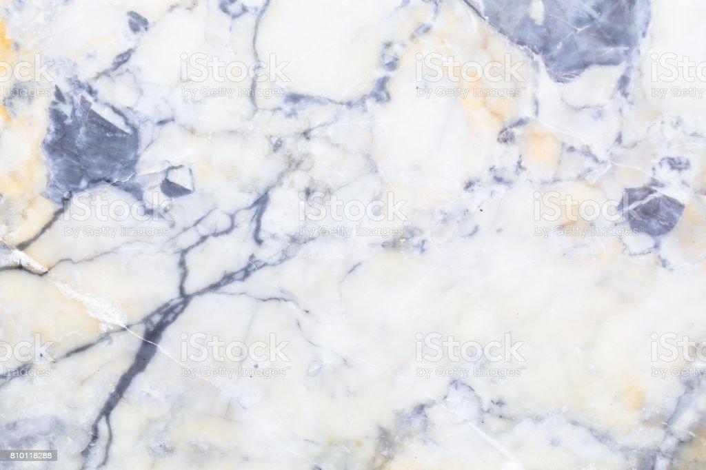 https www istockphoto com fr photo texture marbre blanc naturelle pour la peau de carreaux fond luxueux conception des gm810118288 131061555