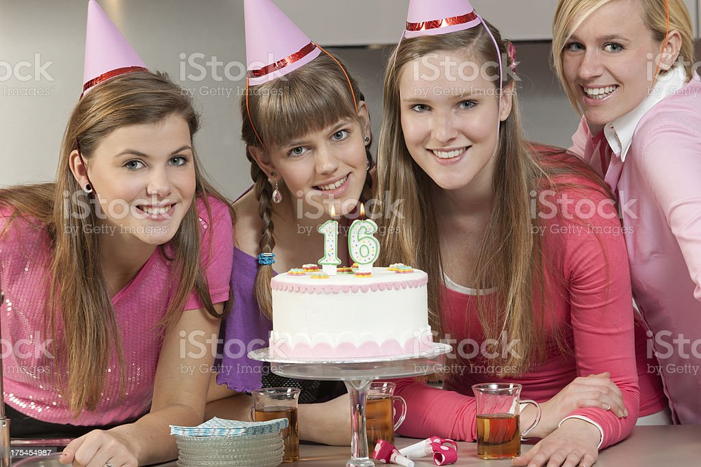 Konfetti 16 Geburtstag Party Jubilaum Streudeko Tisch Deko Bunt 14g