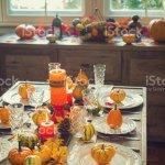Thanksgiving Esstisch Gedeck Mit Herbst Dekoration Stockfoto Und Mehr Bilder Von Altertumlich Istock