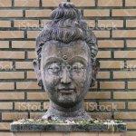 400 Jahre Alten Kopf Stein Buddha Statuethailand Kunst Handwerk Skulptur Kopf Gesicht Lappen Ohren Haare Nase Stockfoto Und Mehr Bilder Von Alt Istock