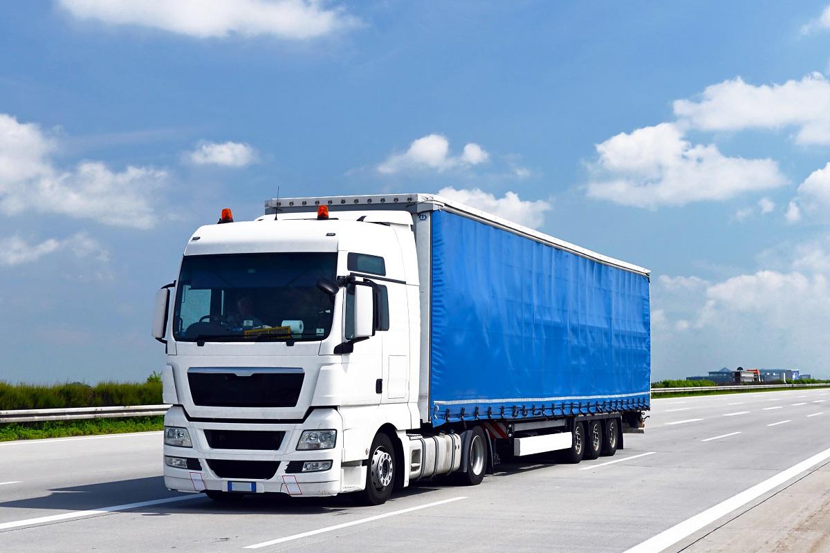Self Driving Lorries To Hit Uk Streets In