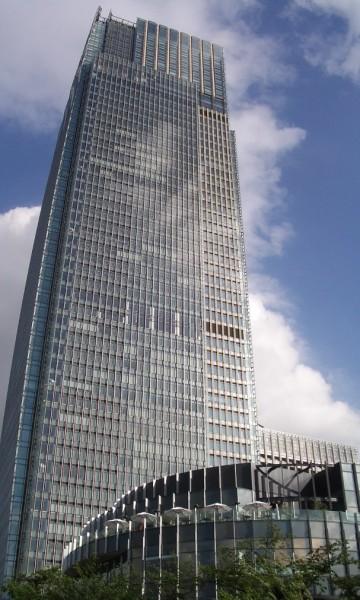 Tokyo Midtown Tower. Source.