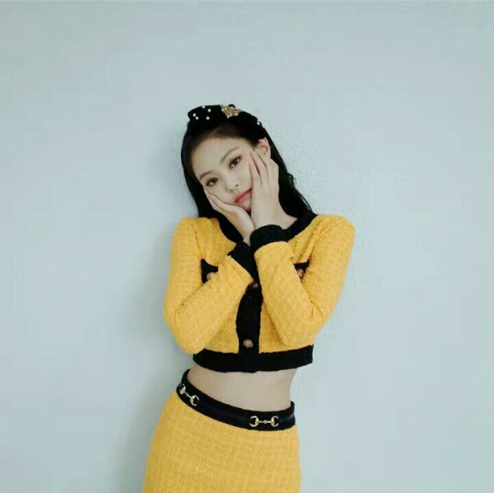 Blackpink Jennie Rich - Ala Model Kini