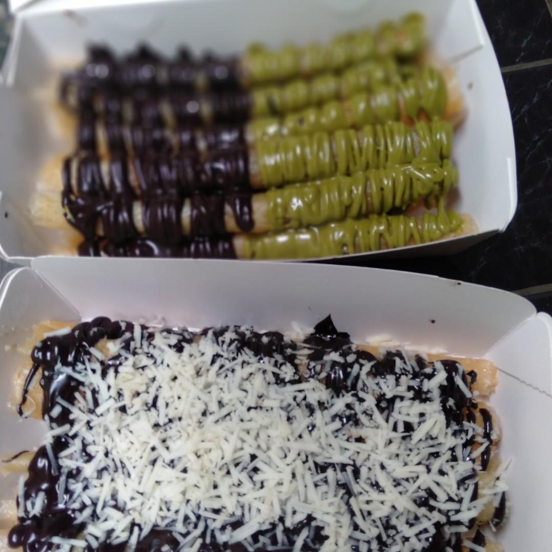 Jajanan kekinian Cheese Roll Coklat Greentea
