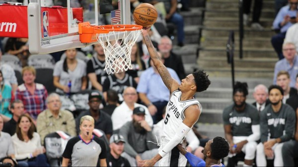 Pop starts historic 24th season as Spurs coach with 120-111 win over Knicks