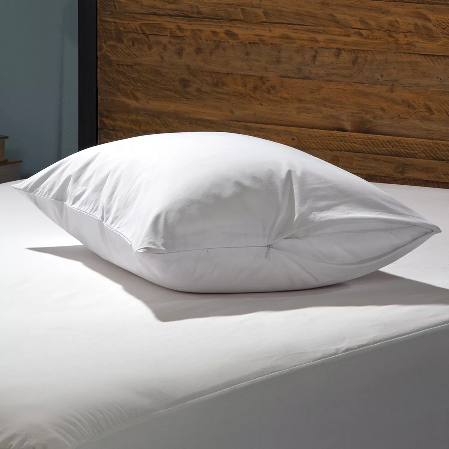 allerease 2 pack 300 thread count hot water washable pillow protector