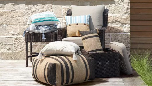 outdoor patio furniture seating