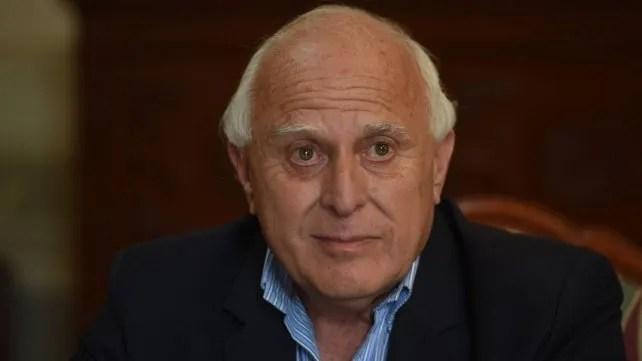 Lifschitz fue dos veces intendente de Rosario. Gobernó la provincia durante un período y era presidente de la Cámara de Diputados.