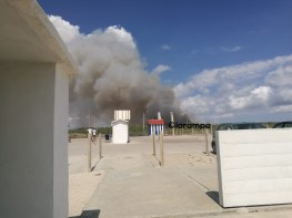 incendio rogo spiaggia