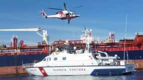guardia costiera nave elicottero