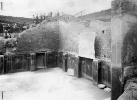 1. La Schola durante gli scavi del 1915-16_schola_armaturarum