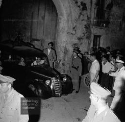 Aversa, tragedia in via Santa Martella64
