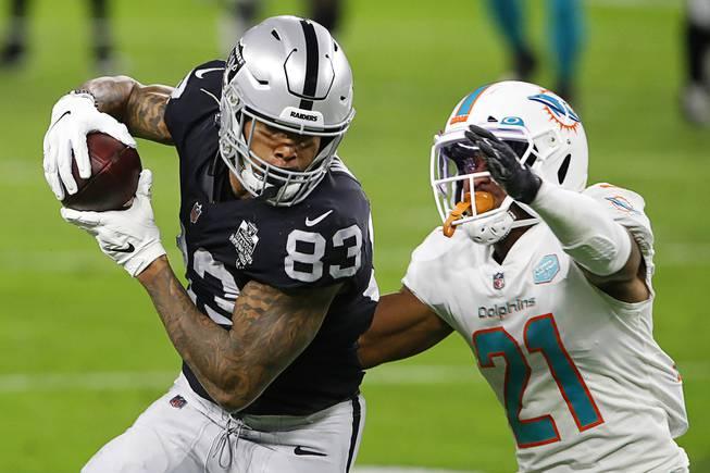 Las Vegas Raiders Take on Miami Dolphins
