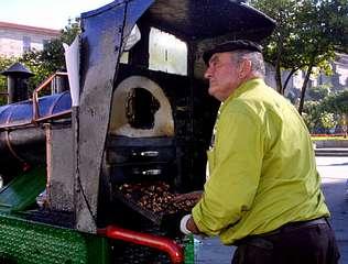 Vendedor de castañas en la Plaza de la Herrería, Pontevedra