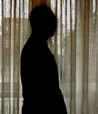 Un hombre que denunció el relleno ilegal de una calzada romana en Baíña recibe una paliza e identifica a su agresor